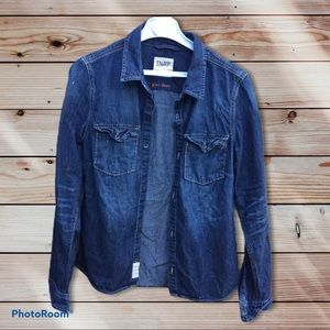 TNA fitted classic jean shirt